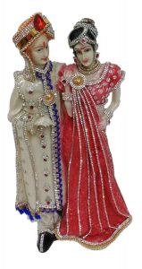 Paras Magic Couple Showpiece (7X5X13.5 inch)