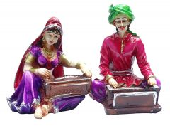 "Paras Magic Rajasthani Couple Purple & Magenta(10X4.75X5.5"")"