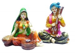 "Paras Magic Rajasthani Couple Orange & Green(9.84x4.72x5.51"")"